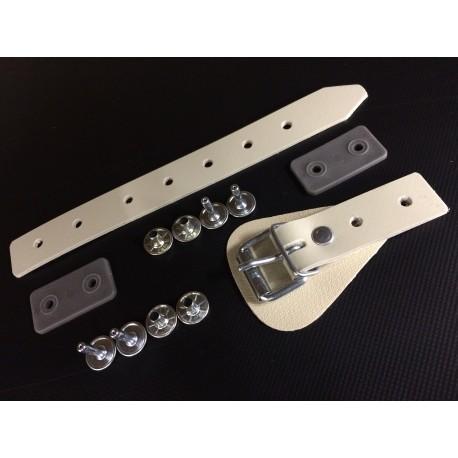 Anhänger Set ( Hohlniete- Aufrollriemen-Schnallkappe mit Schutz- Gegenplatte)